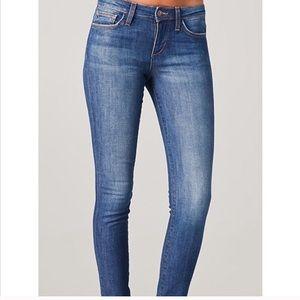 ❤️Joe's Skinny Jeans Leddi Wash (Size 24)